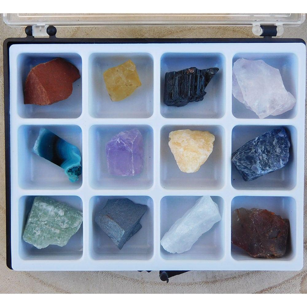 Boite 12 pierres brutes naturelles zoom